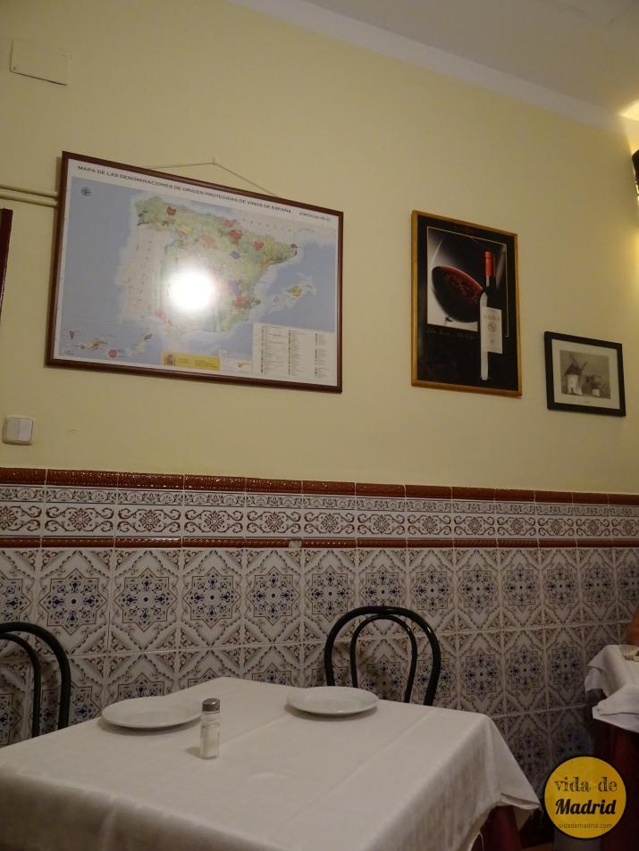Bodegas rosell taberna tradicional madrid comida espa ola tradicional - Bodegas caseras ...